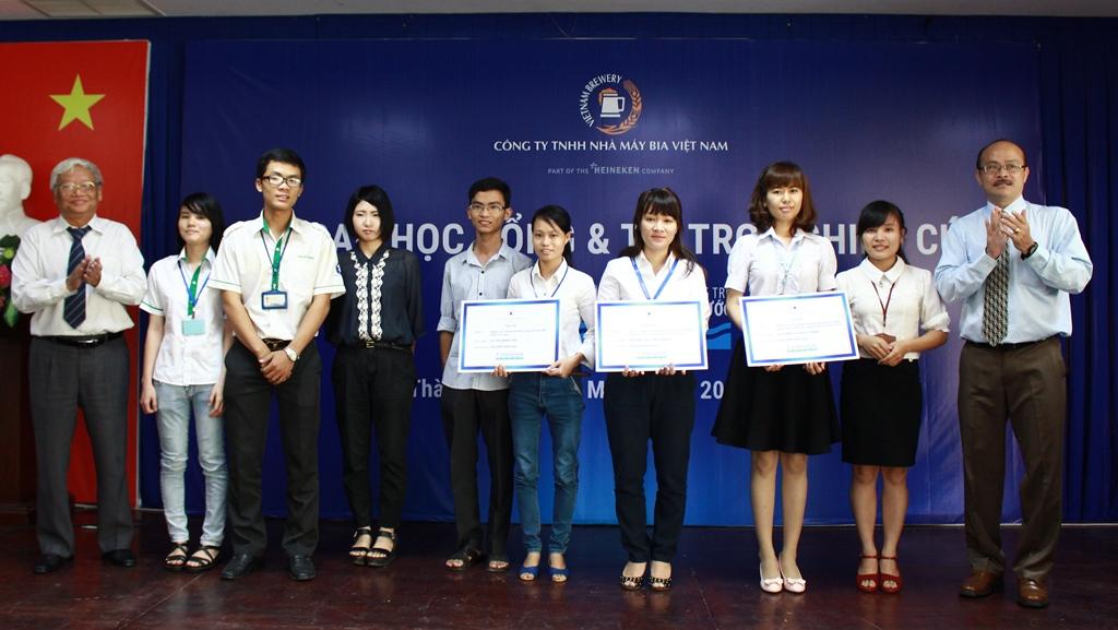 VBL tổ chức Lễ Trao Học bổng & Tài trợ Nghiên cứu
