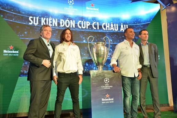 HEINEKEN®'S UEFA CHAMPIONS LEAGUE TROPHY TOUR 2016